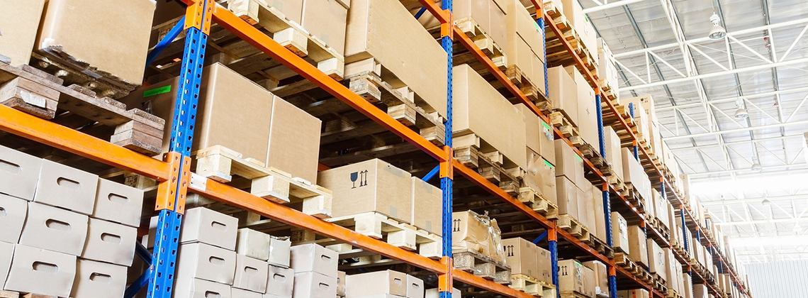 It is advisable to consider the ceiling height of the warehouse